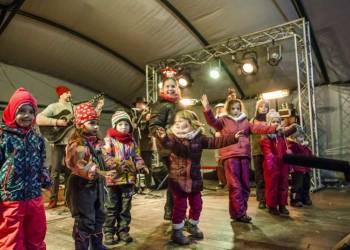 Városi Advent ünnep Jégpálya megnyitó:2019.december 6