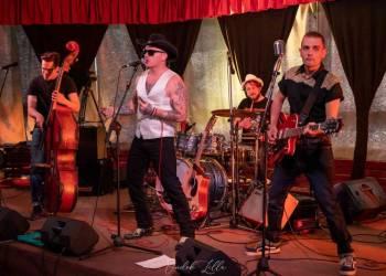 Tom White & the Mad Circus
